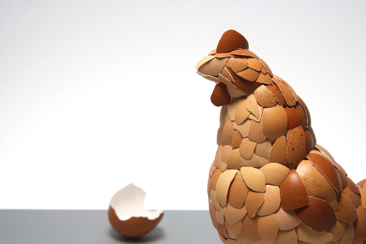 Как из яичной скорлупы сделать курицу