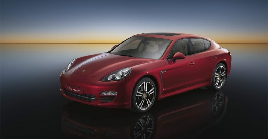 Автомобиль Porsche Panamera