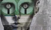 Портрет мужчины на дискетах